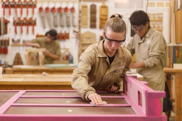 Donibane oferta educativa carpintería y mueble